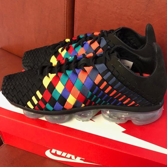 Nike Air VaporMax Inneva Rainbow NWT